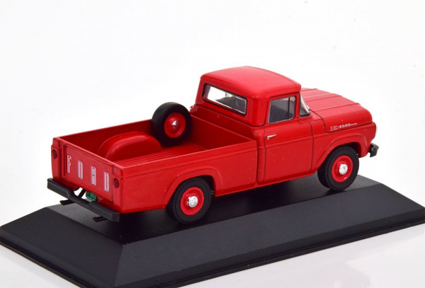 Macheta camioneta Ford F100 1959, scara 1:43 1