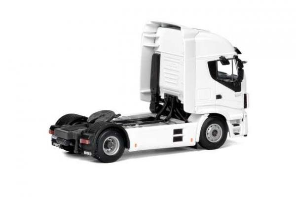 Macheta cap tractor Iveco Stralis 4x2, scara 1:50 1