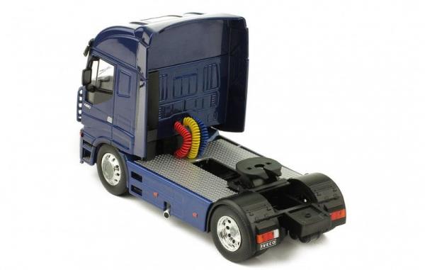 Macheta cap tractor Iveco Stralis, scara 1:43 2