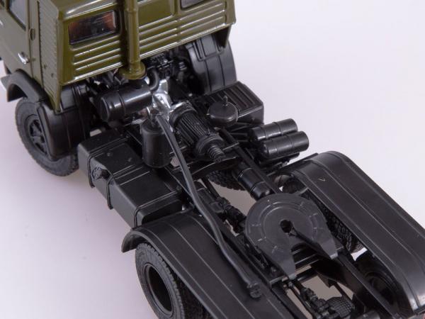 Macheta cap tractor Kamaz 54112 cu cimentruc, scara 1:43 6