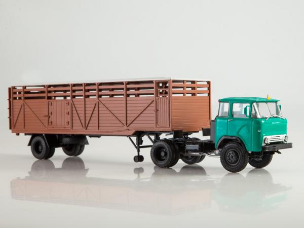 Macheta cap tractor KAZ 698 cu semiremorca transport animale ODAZ 857B, scara 1:43 [1]