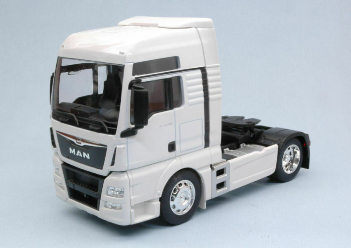 Macheta cap tractor MAN TGX 18.440 4x2, scara 1:32 [1]