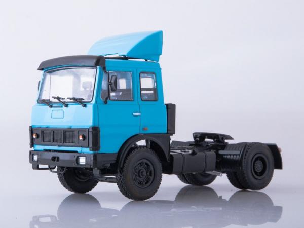 Macheta cap tractor Maz-5432, scara 1:43 0