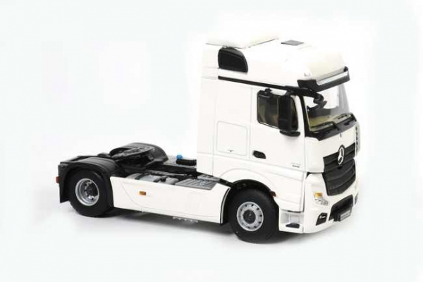 Macheta cap tractor Merceeds Actros Bigspace MP4 4x2, scara 1:50 2