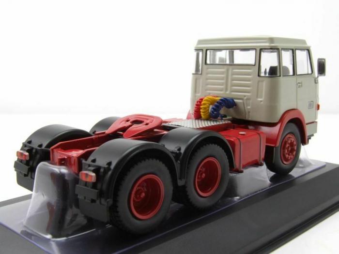 Macheta cap tractor Henschel HS19 TS, scara 1:43 [1]