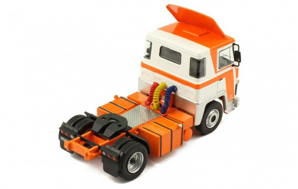 Macheta cap tractor Scania LBT 141, scara 1:43 2