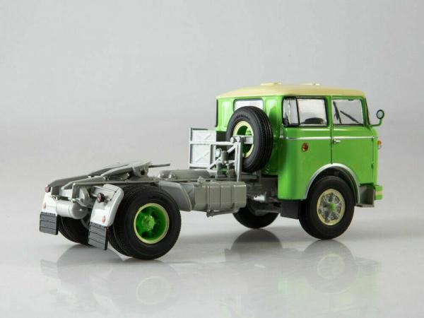 Macheta cap tractor Skoda RTTN 706, scara 1:43 2