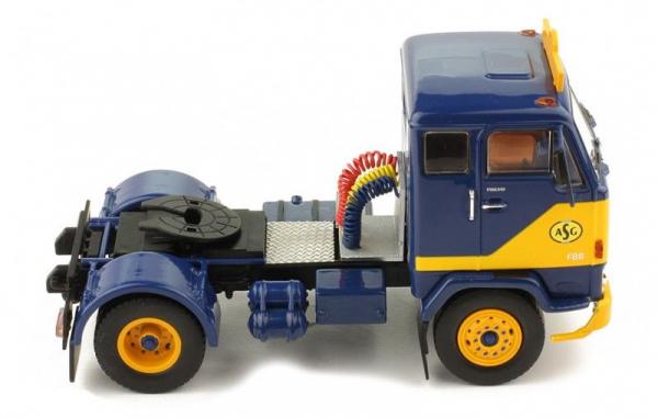 Macheta cap tractor Volvo F88, scara 1:4 2