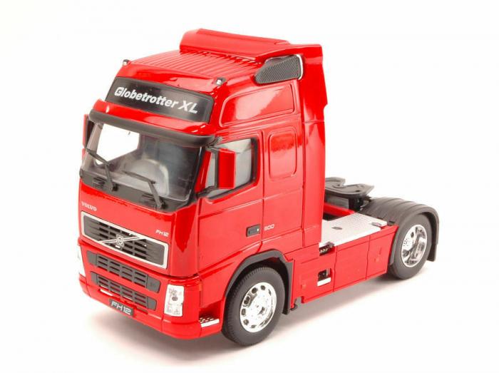Macheta cap tractor Volvo FH12 4x2, scara 1:32 [1]