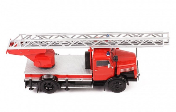 Macheta masina pompieri IFA S4000DI, scara 1:43 2