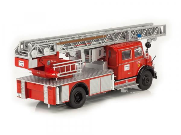 Macheta masina pompieri Mercedes L1113, scara 1:43 1