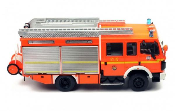Macheta masina pompieri Mercedes LF12/12, scara 1:43 2