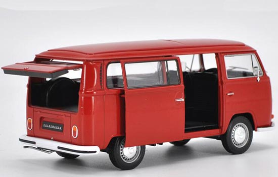 Macheta minibus Volkswagen T2, scara 1:24 1
