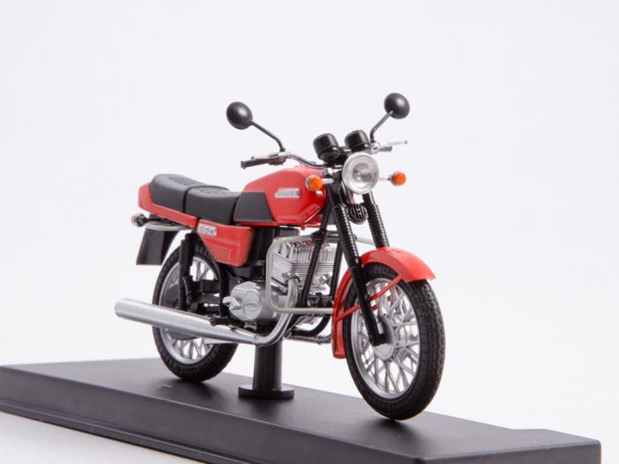 Macheta motocicleta cehoslovaca Java 350/638, scara 1:24 5