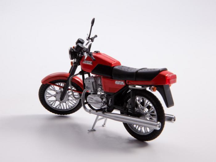 Macheta motocicleta cehoslovaca Java 350/638, scara 1:24 8
