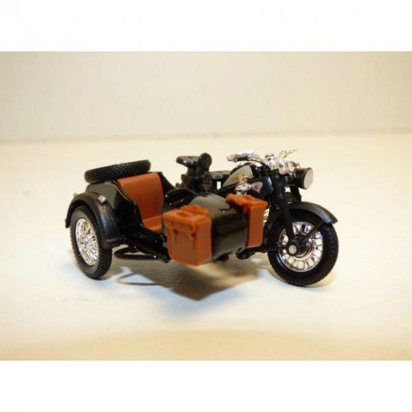 Macheta motocicleta Zundapp Z-KS750, scara 1:43 [0]