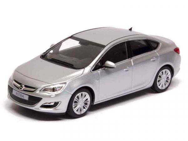 Macheta Opel Astra J sedan, scara 1:43 0