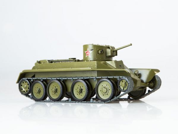 Macheta tanc rusesc BT-2, scara 1:43 1