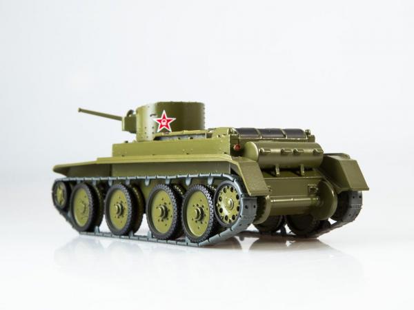 Macheta tanc rusesc BT-2, scara 1:43 2