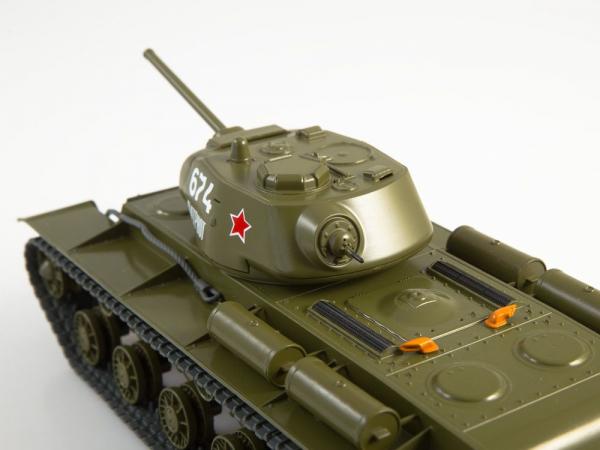 Macheta tanc rusesc KV-1S, scara 1:43 2