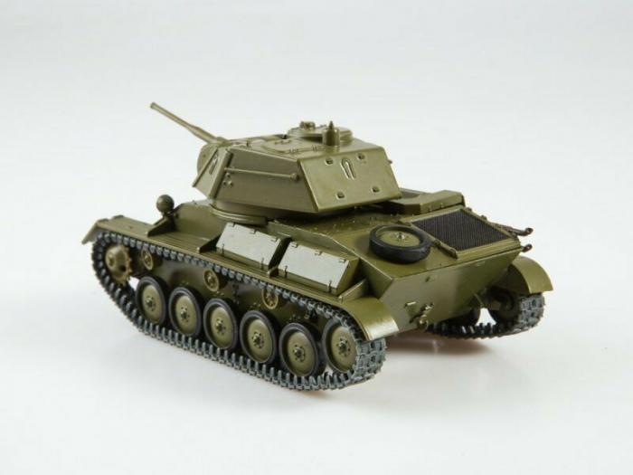 Macheta tanc rusesc T-80, scara 1:43 4