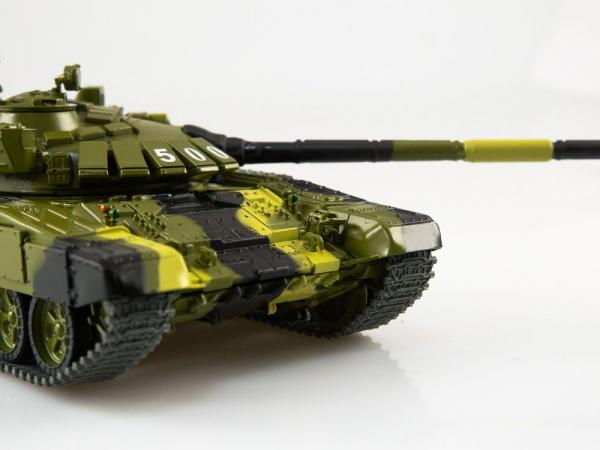 Macheta tanc rusesc T-72B3, scara 1:43 2