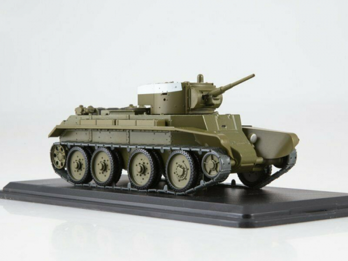 Macheta tanc rusesc BT-7, scara 1:43 [5]