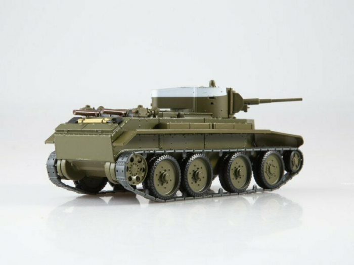 Macheta tanc rusesc BT-7, scara 1:43 [2]