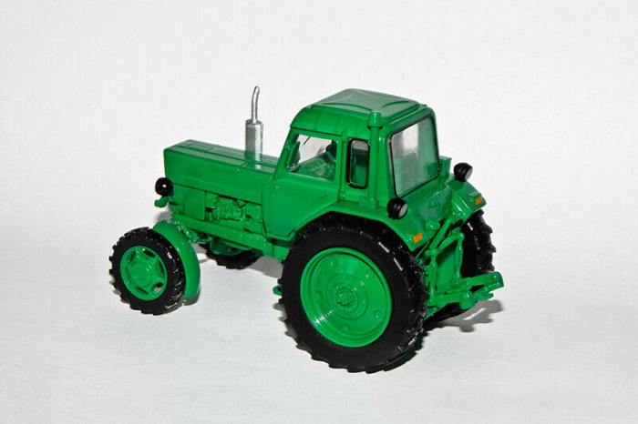 Macheta tractor Belarus MTZ-82, scara 1:43 [1]