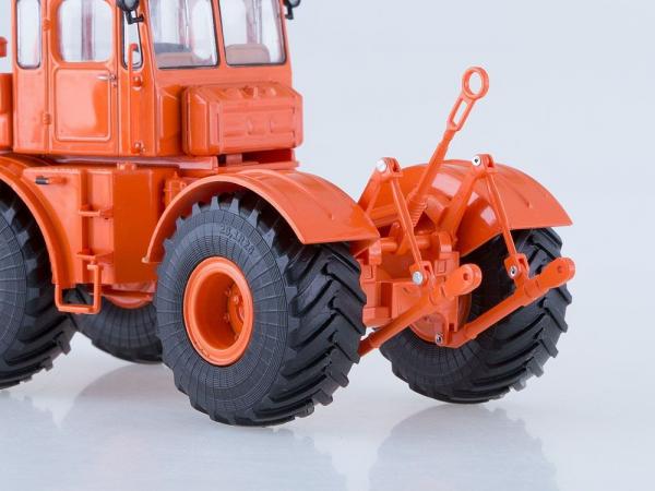 Macheta tractor K-701 Kirovets, scara 1:43 2