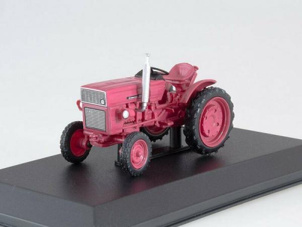 Macheta tractor Universal 445, Romania, scara 1:43 3