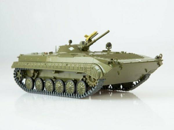 Macheta transportor blindat rusesc BMP-1, scara 1:43 0