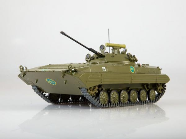 Macheta transportor blindat rusesc BMP-2, scara 1:43 0