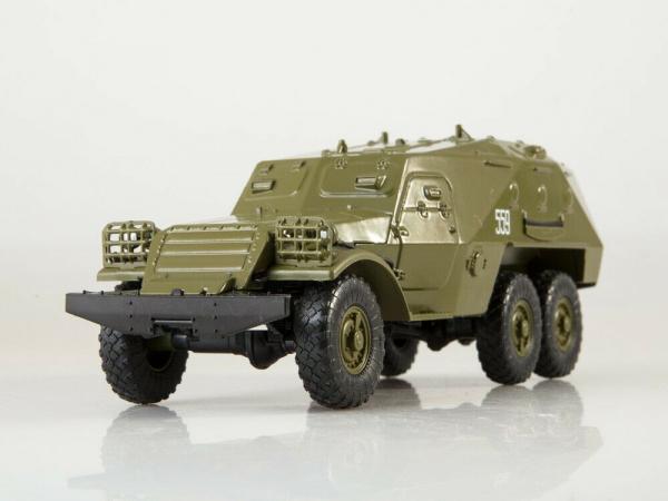 Macheta transportor blindat rusesc BTR-152, scara 1:43 1