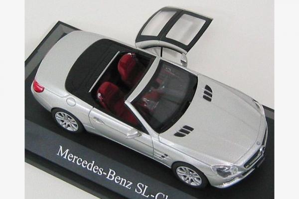 Mercedes Benz SL (R231), scara 1:43 3