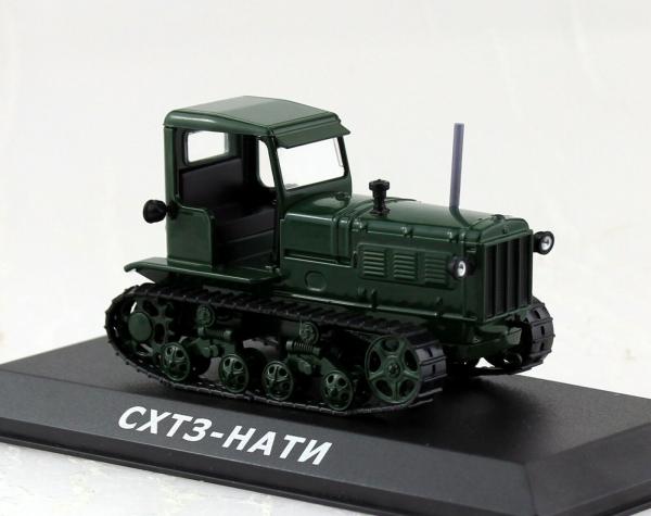 Macheta tractor ASHTZ NATI Rusia, scara 1:43 0