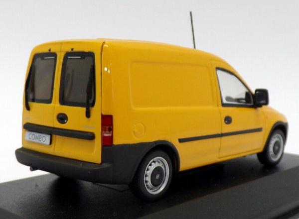 Macheta Opel Combo C, scara 1:43 1