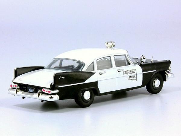 Macheta auto Plymouth Savoy, politia din Oklahoma, scara 1:43 1