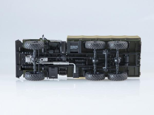 Macheta camion cu prelata Ural 4322, scara 1:43 [4]