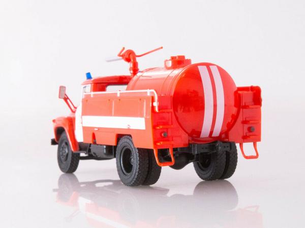 Macheta autospeciala pompieri AP-3 (ZIL 130) scara 1:43 3