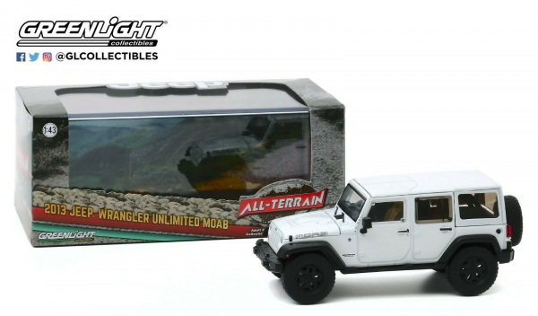 Macheta auto Jeep Wrangler Unlimited 2013 Moab Edition, scara 1:43 2
