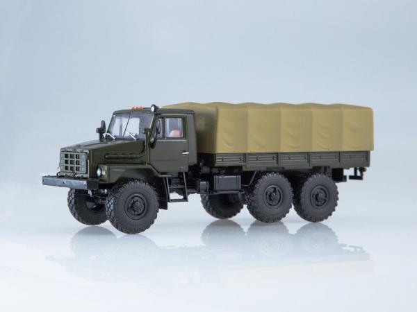 Macheta camion cu prelata Ural 4322, scara 1:43 [0]
