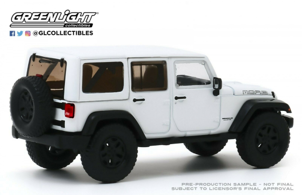 Macheta auto Jeep Wrangler Unlimited 2013 Moab Edition, scara 1:43 1
