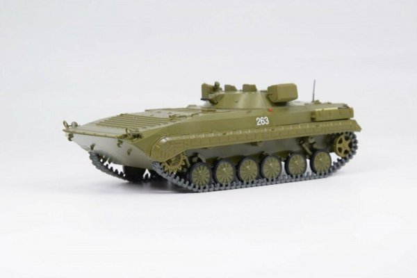 Macheta transportor blindat rusesc PRP-4, scara 1:43 0
