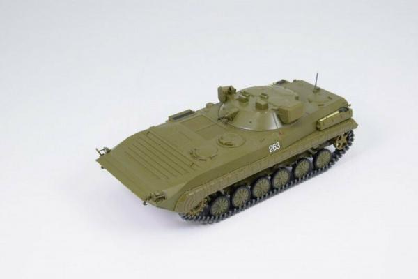 Macheta transportor blindat rusesc PRP-4, scara 1:43 4