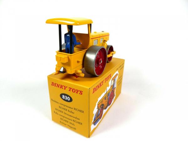 Macheta cilindru compactor Richier, scara 1:43 2