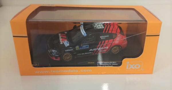 Macheta auto raliu Subaru Impreza 2011, scara 1:43 - cu mic defect: vitrina fisurata [1]