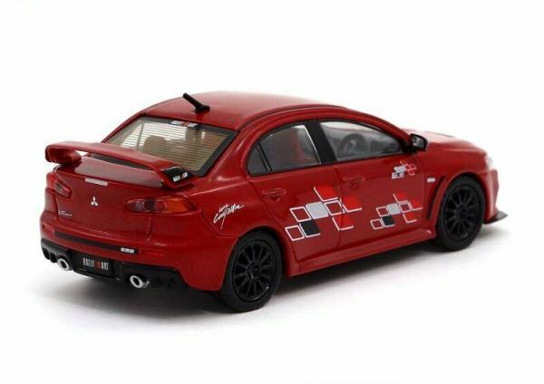 Macheta auto Mitsubishi Evo X, scara 1:64 1