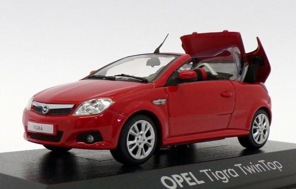 Macheta Opel Tigra Twintop, scara 1:43 0