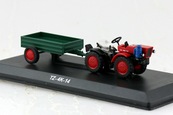 Macheta tractor TZ 4K-14 cu remorca, Cehoslovacia, scara 1:43 0